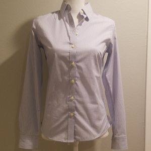 Banana Republic Non-Iron Fitted Button Down Blouse